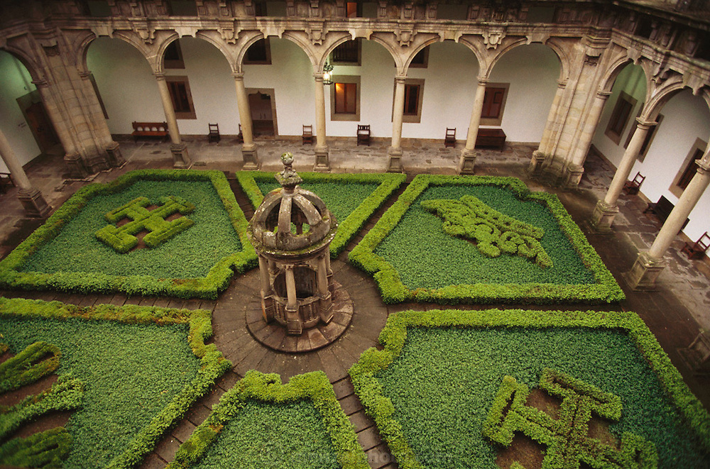 Courtyard of the Hostal de Los Reyes Catolicos Parador (Hotel) in Santiago de Compostela, Spain.