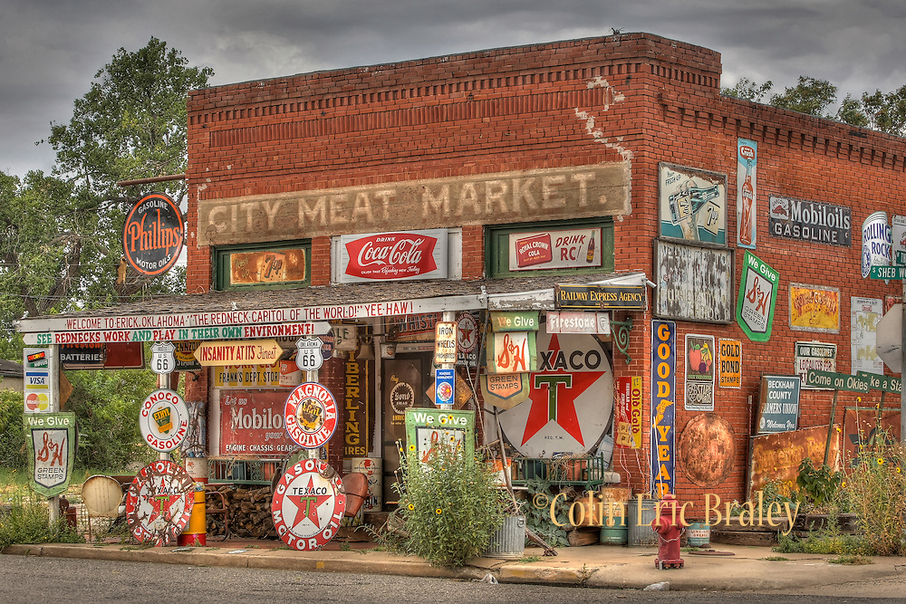 Along Route 66 in Oklahoma, Texas, Aug. 10, 2011. Colin E Braley/wildwest-media.com