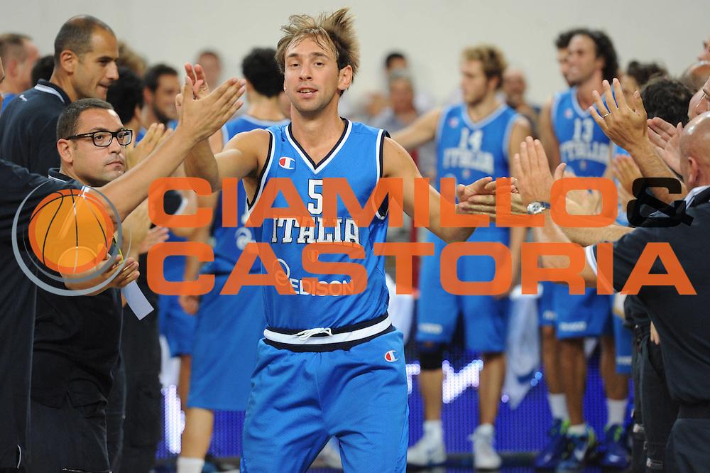 DESCRIZIONE : Rimini Trofeo Tassoni Italia Bosnia Italy Bosnia<br /> GIOCATORE : Giuseppe Poeta <br /> CATEGORIA : <br /> SQUADRA : Nazionale Italia Uomini <br /> EVENTO : Trofeo Tassoni<br /> GARA : Italia Bosnia<br /> DATA : 12/08/2011<br /> SPORT : Pallacanestro<br /> AUTORE : Agenzia Ciamillo-Castoria/GiulioCiamillo<br /> Galleria : Fip Nazionali 2011 <br /> Fotonotizia : Rimini Trofeo Tassoni Italia Bosnia Italy Bosnia<br /> Predefinita :