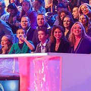 NLD/Hilversum/20130105 - 2de Liveshow Sterren Dansen op het IJs 2013, manager Inge van der Spek