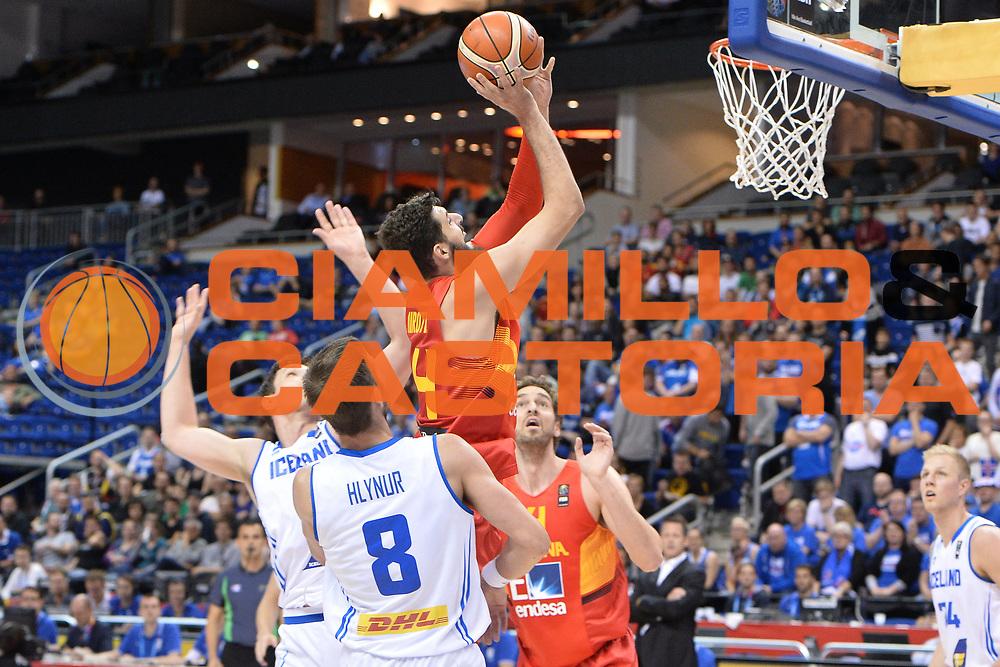 DESCRIZIONE : Berlino Berlin Eurobasket 2015 Group B Spain Iceland<br /> GIOCATORE : Nikola Mirotic<br /> CATEGORIA : Tiro<br /> SQUADRA : Spain<br /> EVENTO : Eurobasket 2015 Group B <br /> GARA : Spain Iceland<br /> DATA : 09/09/2015 <br /> SPORT : Pallacanestro <br /> AUTORE : Agenzia Ciamillo-Castoria/Mancini Ivan<br /> Galleria : Eurobasket 2015 <br /> Fotonotizia : Berlino Berlin Eurobasket 2015 Group B Spain Iceland