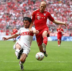 14.05.2011, Allianz Arena, Muenchen, GER, 1.FBL, FC Bayern Muenchen vs VfB Stuttgart, im Bild Serdar Tasci (Stuttgart #5) im kampf mit Arjen Robben (Bayern #10)  , EXPA Pictures © 2011, PhotoCredit: EXPA/ nph/  Straubmeier       ****** out of GER / SWE / CRO  / BEL ******