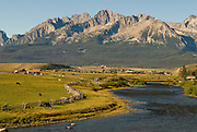 Salmon River running through the Stanley Basin with the impressive Sawtooth mountains beyond. Idaho.