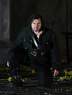 London UK. 9th September 2014. Otello directed by David Alden, English National Opera at the Coliseum with Stuart Skelton as Otello  © Thomas Bowles/rex features