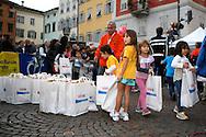 GIRO AL SASS KIDS PIAZZA DUOMO A TRENTO 10 OTTOBRE © foto Daniele Mosna