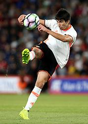 Carlos Soler of Valencia tries a shot at goal - Mandatory by-line: Robbie Stephenson/JMP - 03/08/2016 - FOOTBALL - Vitality Stadium - Bournemouth, England - AFC Bournemouth v Valencia - Pre-season friendly