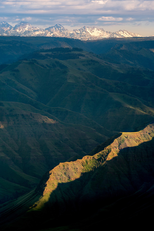Sunset view of Hells Canyon and the Seven Devils Mountains from Buckhorn Lookout in Northeast Oregon.