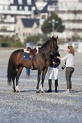 Van Asten Leopold, (NED), VDL Groep Zidane avec Tiffany Van Halle<br /> Sunday morning beach training - La Baule 2016<br /> © Hippo Foto - Dirk Caremans<br /> 15/05/16