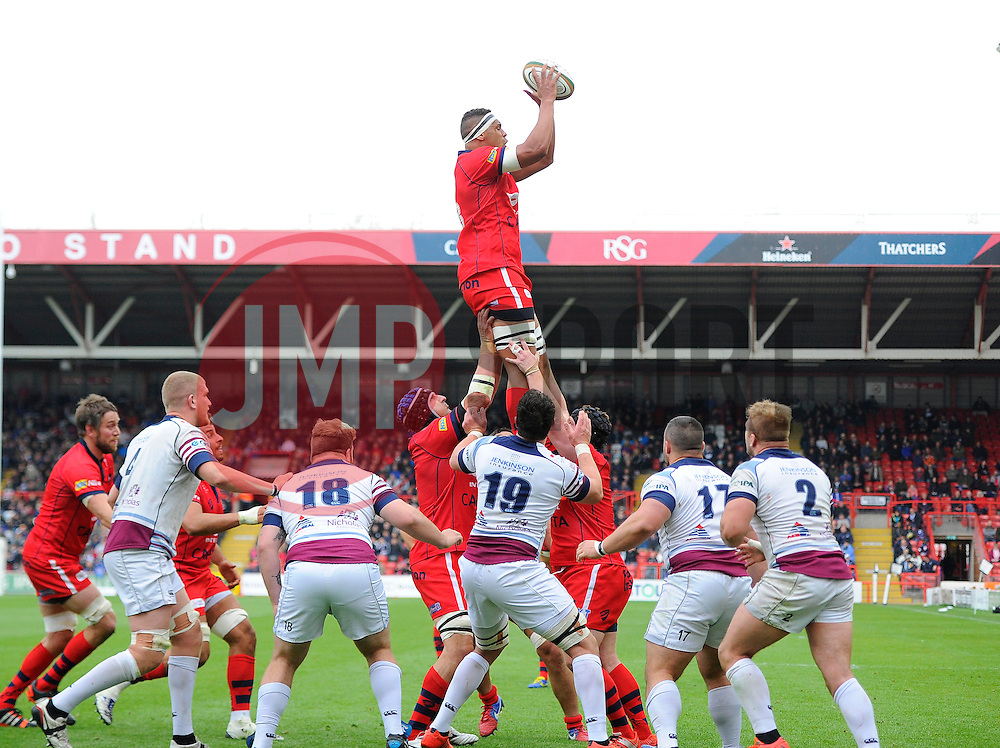 Bristol replacement Ben Glynn wins the line out  - Photo mandatory by-line: Joe Meredith/JMP - Mobile: 07966 386802 - 02/05/2015 - SPORT - Rugby - Bristol - Ashton Gate - Bristol Rugby v Rotherham - Greene King IPA Championship