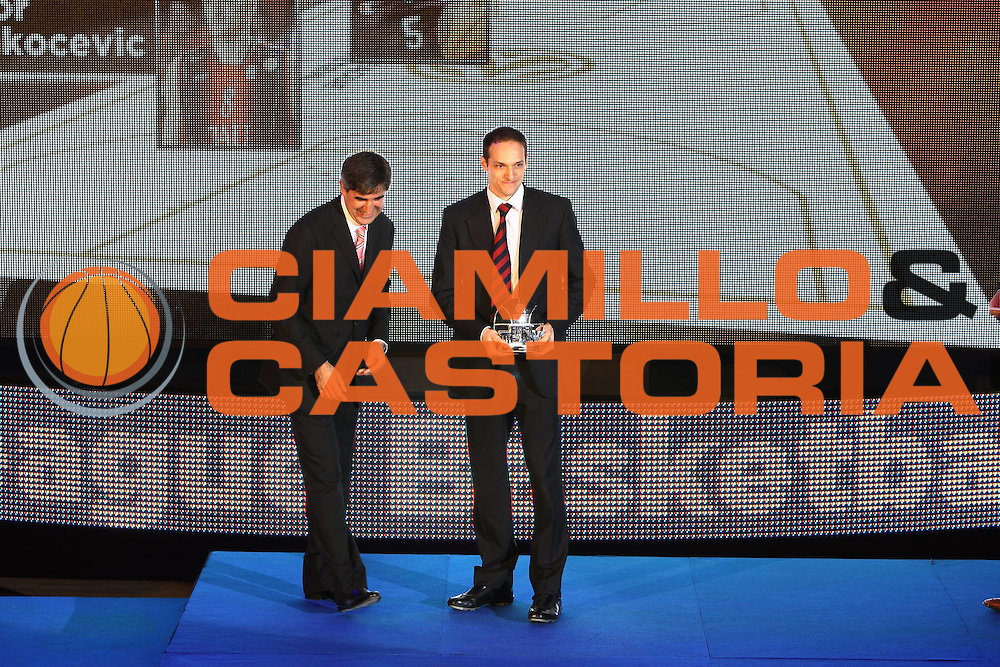 DESCRIZIONE : Berlino Eurolega 2008-09 Final Four Euroleague Gala Dinner Cena di Gala Basketball Awards Ceremony<br /> GIOCATORE : igor racocevic<br /> SQUADRA : <br /> EVENTO : Eurolega 2008-2009<br /> GARA :<br /> DATA : 02/05/2009<br /> CATEGORIA : Ritratto Premiazione<br /> SPORT : Pallacanestro<br /> AUTORE : Agenzia Ciamillo-Castoria/G.Ciamillo