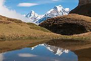 Widerspiegelung Jungfrau und Mönch, fotografiert von Via Alipina richtung Sefinenfurgge