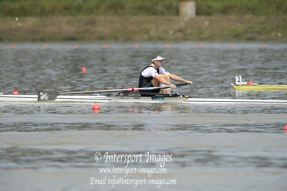 Chungju, South Korea NZL M1X Mahe  DRYSDALE. moves away from the Start, at the 2013 FISA World Rowing Championships,  at the Tangeum Lake International Regatta Course. 13:38:33  Sunday  25/08/2013 [Mandatory Credit. Peter Spurrier/Intersport Images]