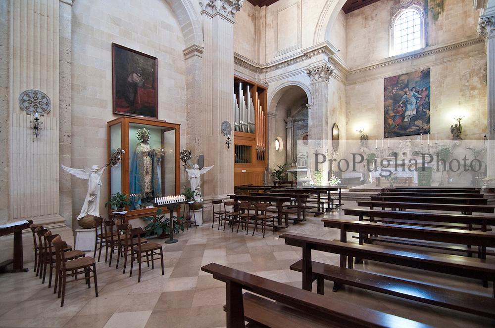Lecce - Chiesa di Santa Maria della Grazia. E' un edificio religioso di Lecce costruito in epoca barocca. Sorge nella centralissima Piazza Sant'Oronzo, di fronte all'Anfiteatro romano.