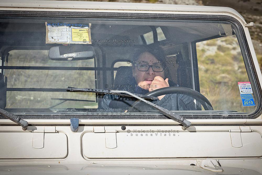Mezzojuso, Irene Napoli si recano nella loro campagna dove hanno subito danni dalla mafia dei pascoli.<br /> Mezzojuso, Sicily,Irene Napoli drive to their farm threatened by mafia.