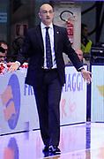 DESCRIZIONE : Desio Lega A 2012-13 Pallacanestro Cantu' Cimberio Varese<br /> GIOCATORE : Coach Francesco Vitucci<br /> SQUADRA : Cimberio Varese <br /> EVENTO : Campionato Lega A 2012-2013<br /> GARA :  Pallacanestro Cantu' Cimberio Varese<br /> DATA : 24/02/2013<br /> CATEGORIA : Coach Fair Play <br /> SPORT : Pallacanestro<br /> AUTORE : Agenzia Ciamillo-Castoria/A.Giberti<br /> Galleria : Lega Basket A 2012-2013<br /> Fotonotizia : Desio Lega A 2012-13 Pallacanestro Cantu' Cimberio Varese<br /> Predefinita :