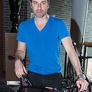 NLD/Ridderkerk/20140418 - Perspresentatie Sterrenfietsteam 2014, Frederik Brom