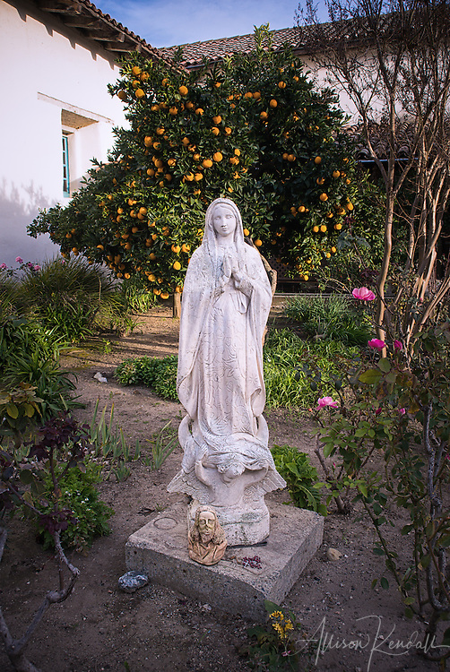 Statues and figures on the grounds of mission San Juan Bautista
