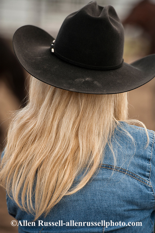 Cowgirl, Blond, black hat