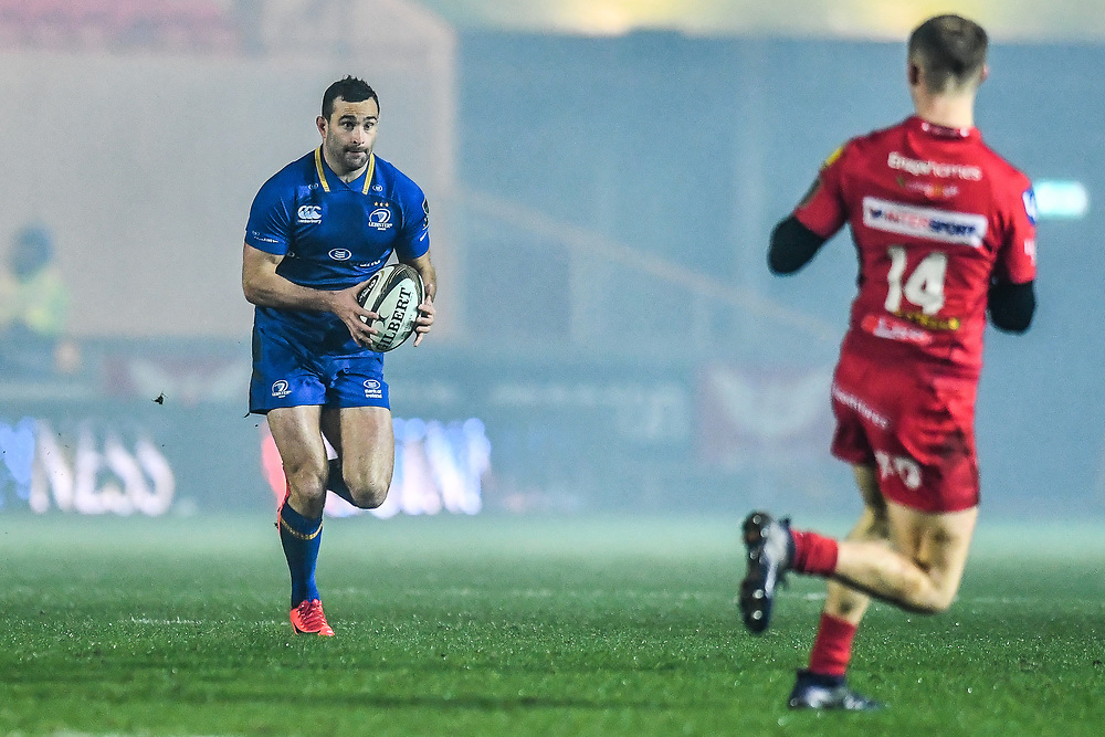 Leinster's Dave Kearney in action <br /> <br /> Photographer Craig Thomas/Replay Images<br /> <br /> Guinness PRO14 Round 17 - Scarlets v Leinster - Friday 9th March 2018 - Parc Y Scarlets - Llanelli<br /> <br /> World Copyright © Replay Images . All rights reserved. info@replayimages.co.uk - http://replayimages.co.uk
