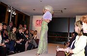 Arabella  Tobias (  Zamoyski as was) , Chester Bonham couture fashion show. Park Lane. 15 November 2004. ONE TIME USE ONLY - DO NOT ARCHIVE  © Copyright Photograph by Dafydd Jones 66 Stockwell Park Rd. London SW9 0DA Tel 020 7733 0108 www.dafjones.com