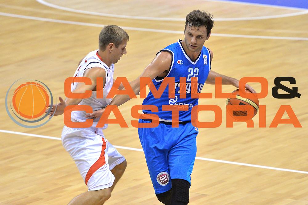 DESCRIZIONE : Bellinzona Qualificazione Eurobasket 2015 Qualifying Round Eurobasket 2015 Svizzera Italia Switzerland Italy <br /> GIOCATORE : Stefano Gentile<br /> CATEGORIA : Palleggio<br /> EVENTO : Bellinzona Qualificazione Eurobasket 2015 Qualifying Round Eurobasket 2015 Svizzera Italia Switzerland Italy <br /> GARA : Svizzera Italia Switzerland Italy <br /> DATA : 27/08/2014 <br /> SPORT : Pallacanestro <br /> AUTORE : Agenzia Ciamillo-Castoria/Mancini Ivan<br /> Galleria: Fip Nazionali 2014 Fotonotizia: Bellinzona Qualificazione Eurobasket 2015 Qualifying Round Eurobasket 2015 Svizzera Italia Switzerland Italy <br /> Predefinita :