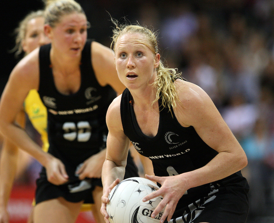 New Zealand's Laura Langman looks to pass the ball against Australia in the New World Quad series netball match, Claudelands Arena, Hamilton, New Zealand, Thursday, November 01, 2012. Credit:SNPA / Dianne Manson.