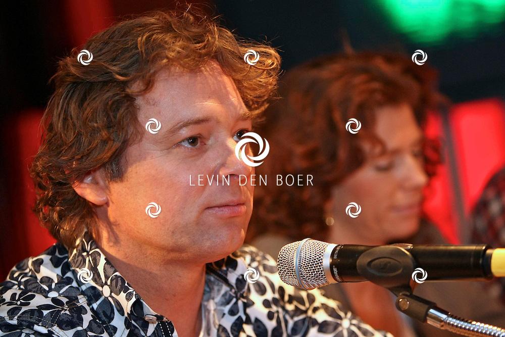 HILVERSUM - Jubileum Wie is de Mol tiende editie in het land van de rijzende zon. Met op de foto Frits Sissing. FOTO LEVIN DEN BOER - PERSFOTO.NU