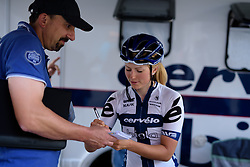 Lotta Lepistö busy signing her life away. The last time she was in Zeulenroda Triebes she won her first internation race.  Thüringen Rundfarht 2016 - Stage 4 a 19km time trial starting and finishing in Zeulenroda Triebes, Germany on 18th July 2016.