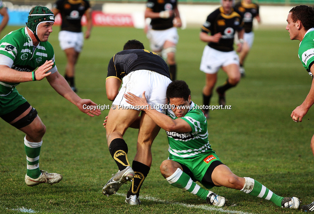 Manawatu halfback Aaron Smith tackles Alapati Leiua as Bertus Mulder (left) closes in.<br /> Air NZ Cup preseason - Manawatu Turbos v Wellington Lions at FMG Stadium, Palmerston North, New Zealand, Friday 17 July 2009. Photo: Dave Lintott/PHOTOSPORT