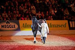 Freiheitsdressur<br /> Oldenburg - AGRAVIS-Cup 2018<br /> Gala-Abend<br /> 03. November 2018<br /> © www.sportfotos-lafrentz.de/Stefan Lafrentz