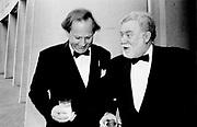 Graydon Carter and John Scanlon. White house Correspondents dinner. Washington. 1994. © Copyright Photograph by Dafydd Jones 66 Stockwell Park Rd. London SW9 0DA Tel 020 7733 0108 www.dafjones.com