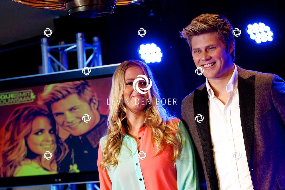 VOLENDAM - In hotel The Old Dutch is een cd presentatie gehouden. Met op de foto  Monique Smit en Tim Douwsma. FOTO LEVIN DEN BOER - PERSFOTO.NU