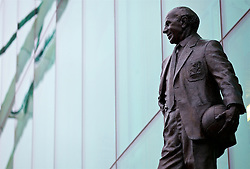 MANCHESTER, ENGLAND - Sunday, January 15, 2017: A statue of former Manchester United manager Matt Busby outside Old Trafford pictured before the FA Premier League match against Liverpool. (Pic by David Rawcliffe/Propaganda)