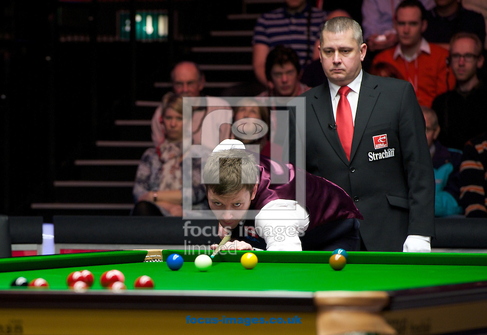 Picture by Alan Stanford/Focus Images Ltd +44 7915 056117<br /> 17/01/2014<br /> Ricky Walden at the table watched by referee Paul Collier during the The Masters quarter final at Alexandra Palace, London.