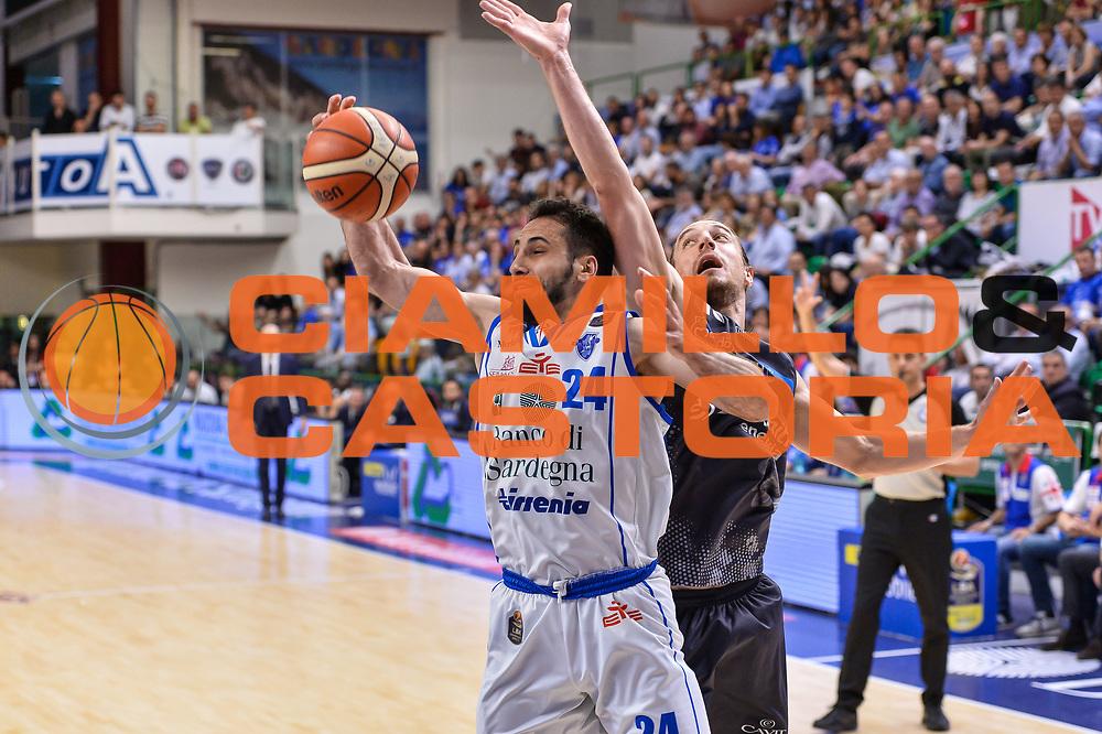 Rok Stipcevic, Toto Forray<br /> Banco di Sardegna Dinamo Sassari - Dolomiti Energia Aquila Basket Trento<br /> Legabasket Serie A LBA Poste Mobile 2016/2017<br /> Playoff Quarti Gara3<br /> Sassari 16/05/2017<br /> Foto Ciamillo-Castoria