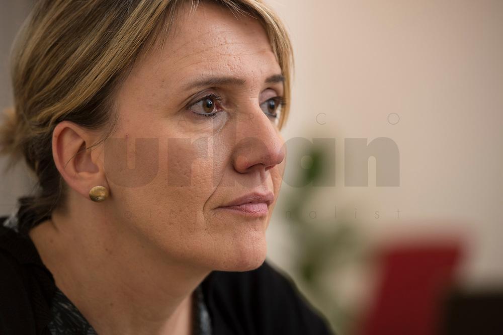 07 NOV 2013, BERLIN/GERMANY:<br /> Simone Peter, B90/Gruene Bundesvorsitzende, waehrend einem Interview, in ihrem Buero, Bundesgeschaeftsstelle Buendnis 90 / Die Gruenen<br /> IMAGE: 20131107-01-004<br /> KEYWORDS: Büro