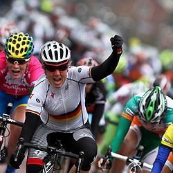 Ina Yoko Teutenberg wins stage 3 Energiewachtour in Midwolda, Kirsten Wild 2nd, Marianne Vos 3th