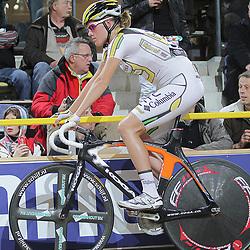 Ellen van Dijk werd derde op de scratch
