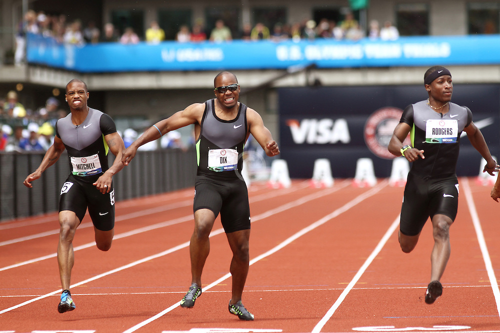 Olympic Trials 100 meter semis, Mitchell, Dix, Rodgers, Walter Dix pulls up injured at finish line