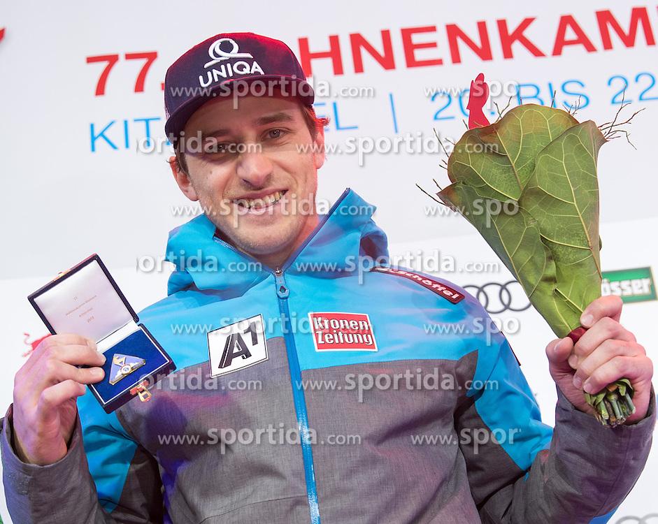 20.01.2017, Hahnenkamm, Kitzbühel, AUT, FIS Weltcup Ski Alpin, Kitzbuehel, Super G, Herren, Siegerehrung, im Bild Matthias Mayer (AUT, 1. Platz) // race winner Matthias Mayer of Austria during the winner Ceremony for the men's SuperG of FIS Ski Alpine World Cup at the Hahnenkamm in Kitzbühel, Austria on 2017/01/20. EXPA Pictures © 2017, PhotoCredit: EXPA/ Johann Groder