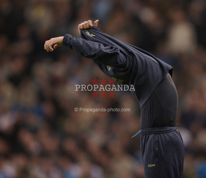 Manchester, England - Wednesday, March 14, 2007: Manchester City's manager Stuart Pearce takes off his sweater during the Premiership match against Chelsea at the City of Manchester Stadium. (Pic by David Rawcliffe/Propaganda)