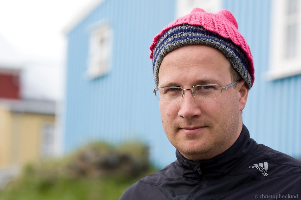 Andri Snær að starta nýrri húfutísku.