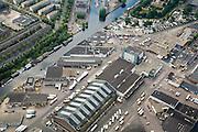 Nederland, Amsterdam, Stadsdeel Westerpark, 17-06-2008; Groothandelsmarkt aan de Jan van Galenstraat: Food Center Amsterdam (FCA); levering aan winkeliers, zorginstellingen en supermarkten van vlees, wild en gevogelte, vis, aardappelen, groente en fruit; levensmiddelen, horeca, vrachtauto, koelhuis, pakhuis, eten..luchtfoto (toeslag); aerial photo (additional fee required); .foto Siebe Swart / photo Siebe Swart