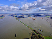 Nederland, Zuid-Holland, Werkendam, 25-02-2020; Hollands Diep overgaand in Nieuwe Merwede. In de voorgrond de Anna Jacominaplaat, in de achtergrond de spaarbekkens voor drinkwater in de Biesbosch (onderdeel Nationaal Park De Biesbosch).<br /> Rivers Hollands Diep and Nieuwe Merwede. In the foreground the Anna Jacomino plate, in the background the reservoirs for drinking water in the Biesbosch (part of  Biesbosch National Park).<br /> <br /> luchtfoto (toeslag op standard tarieven);<br /> aerial photo (additional fee required)<br /> copyright © 2020 foto/photo Siebe Swart