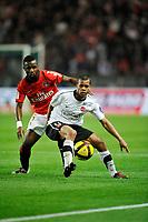 FOOTBALL - FRENCH CHAMPIONSHIP 2010/2011 - L1 - PARIS SAINT GERMAIN v VALENCIENNES FC - 30/04/2011 - PHOTO GUY JEFFROY / DPPI - MATHIEU DOSSEVI (VAL)