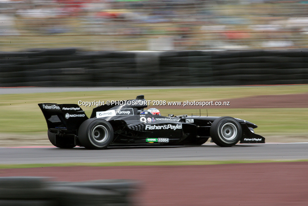 Team New Zealand's Jonny Reid takes Turn Nine in the feature race<br /> A1GP Race Day. Taupo Motorsport Park, Taupo, New Zealand. Sunday, 20 January 2008. Photo: Dave Lintott/PHOTOSPORT