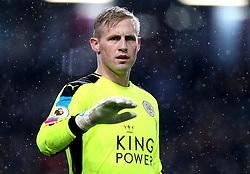Kasper Schmeichel of Leicester City - Mandatory by-line: Robbie Stephenson/JMP - 31/01/2017 - FOOTBALL - Turf Moor - Burnley, England - Burnley v Leicester City - Premier League