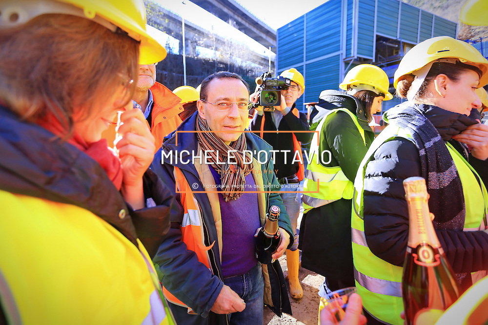 Stefano Esposito a Chiomonte 22/12/2016 con la  Delegazione parlamentari del Pd in visita al cantiere Tav Torino Lione nel giorno della ratifica dell'accordo internazionale