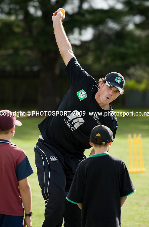 National Bank sponsored National Cricket Club (NCC) coaching day featuring Blackcaps (Kyle Mills) at Melville High School, Hamilton, New Zealand, Tuesday 10 March 2009.  Photo: Stephen Barker/PHOTOSPORT