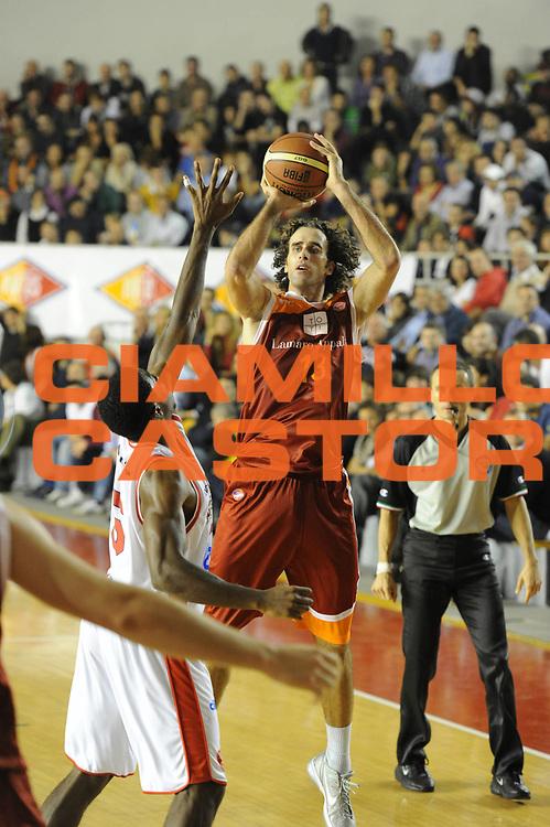 DESCRIZIONE : Roma Lega A 2011-12 Virtus Roma Cimberio Varese<br /> GIOCATORE : Luigi Datome<br /> CATEGORIA : tiro<br /> SQUADRA : Virtus Roma<br /> EVENTO : Campionato Lega A 2011-2012<br /> GARA : Virtus Roma Cimberio Varese<br /> DATA : 30/10/2011<br /> SPORT : Pallacanestro<br /> AUTORE : Agenzia Ciamillo-Castoria/GiulioCiamillo<br /> Galleria : Lega Basket A 2011-2012<br /> Fotonotizia : Roma Lega A 2011-12 Virtus Roma Cimberio Varese<br /> Predefinita :